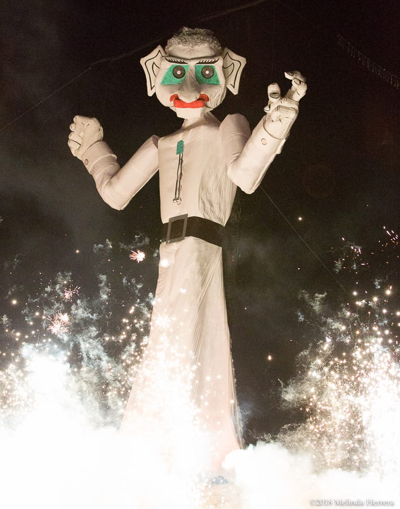 2018-1943-08-31-Zozobra-Burn